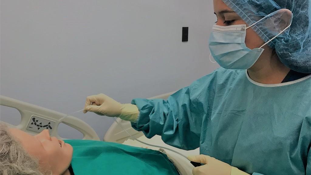 Calidad de la UCR motiva a enfermeros de Uruguay a capacitarse en Costa Rica4