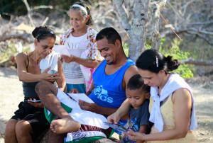 Iniciativas ambientales y apoyo a comunidades pesqueras son aportes destacados de la UCR en el Pacifico