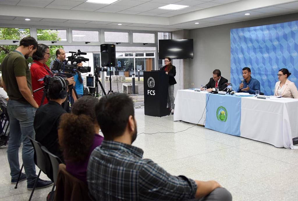 El jueves 18 de junio de 2018, en la Facultad de Ciencias Sociales se presentaron hallazgos del proyecto conjunto entre el Centro de Investigación en Contaminación Ambiental (CICA-UCR) y del Servicio Fitosanitario del Estado (SFE) para fomentar buenas prácticas agrícolas (BPA) en fincas productoras de piña.