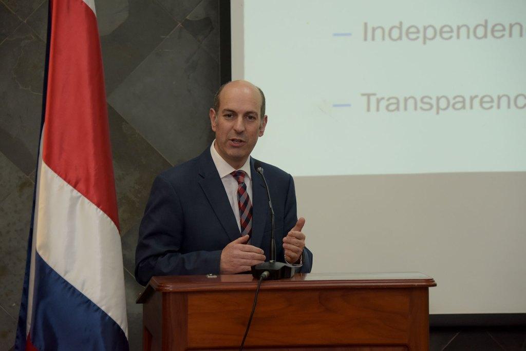 UCR Presidente del Banco Central3