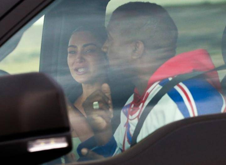 Kim Kardashian Burst Into Tears After Meeting With Kanye West Amid Marriage Crisis