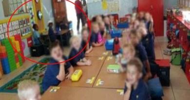 Suspenden a maestro por separar a sus alumnos blancos y negros
