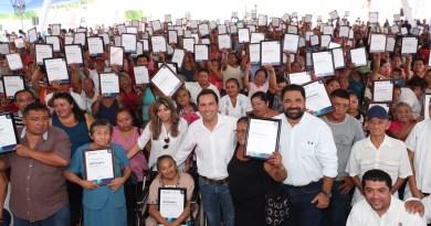 El Gobernador Mauricio Vila Dosal entrega apoyos de vivienda, salud y para el sector ganadero en el interior del estado