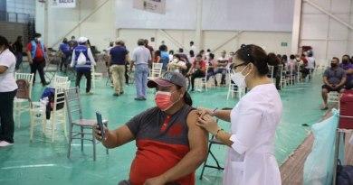 Comienza aplicación de segundas dosis a personas de 30 a 39 años en Mérida