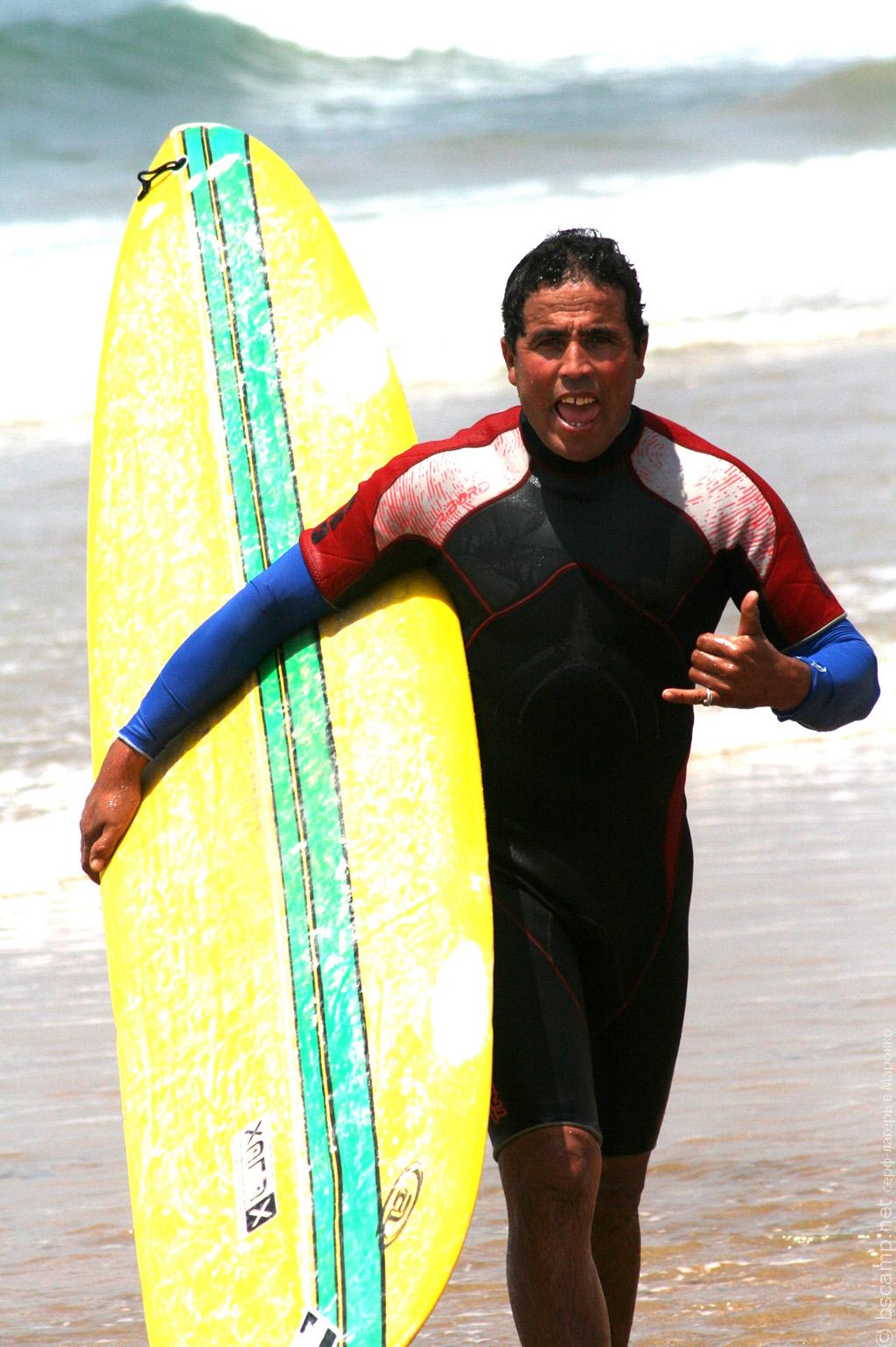 Главный тренер школы серфинга Surf-Burg