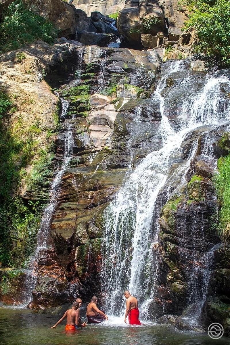 Cascatas Ravana Falls