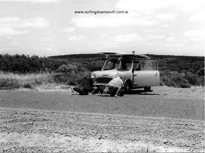 1966 Jeff & Errol Considine kissing road after digging out Mini dirt track SW - Geoff Moran pic.