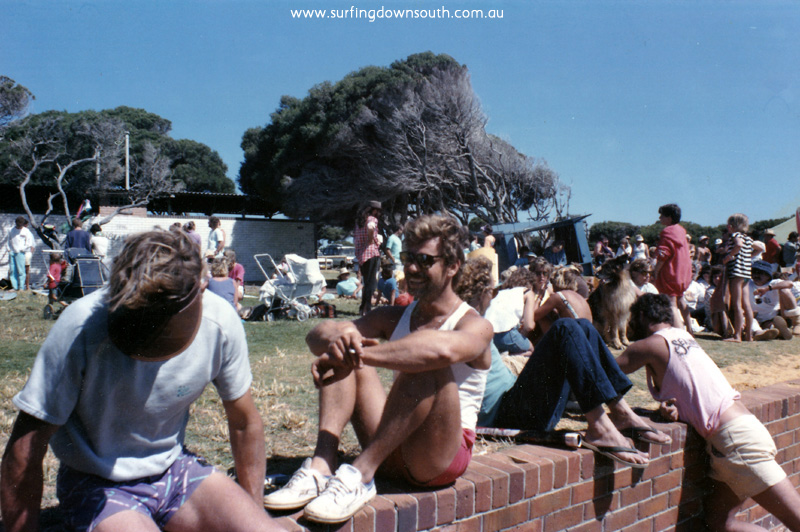 1985 Yal Mal spectators Brian Sherington & Wayne 'Choco' Cartlidge - Loz Smith pic IMG_03a