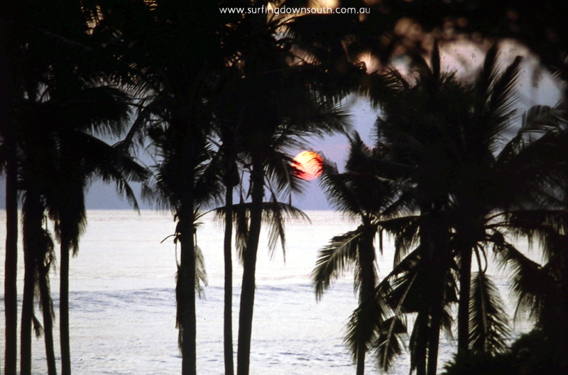1985-bali-sunset-ric-chan-007