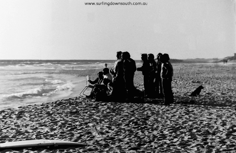 1977-trigg-hang-ten-wasra-school-boys-surfing-championships-officials-ric-chan-019