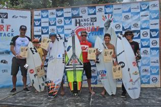 podio-campeo%cc%83es-circuito-hang-loose-surf-attack-foto-munir-el-hage