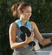 Miley Cyrus Surfme