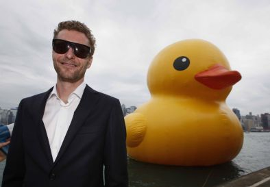 Florentijn Hofman and Rubber Duck