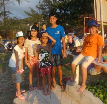 3.Surin Beach Clean-up 8-17-14 025