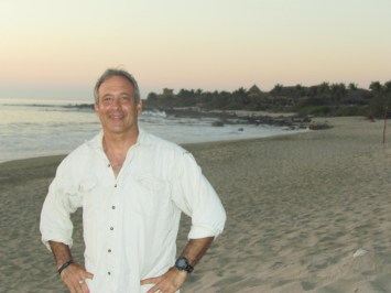 Peter-Heller at beach