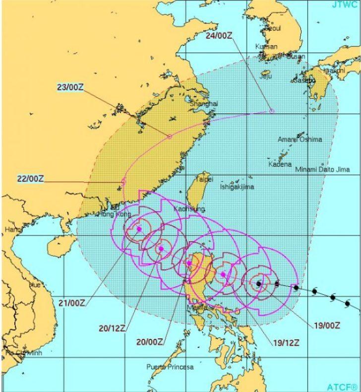台風22号東台湾サーフトリップ