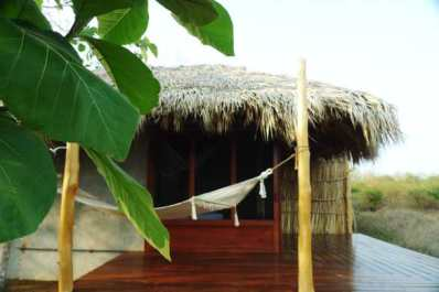 la bahia, north nicaragua, cabana, surf yoga retreat, surf with amigas, surf camp,