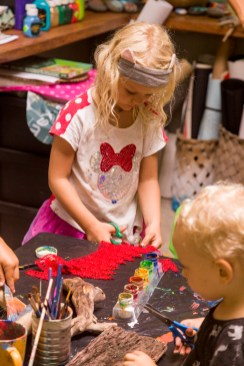family retreat art class luna cut