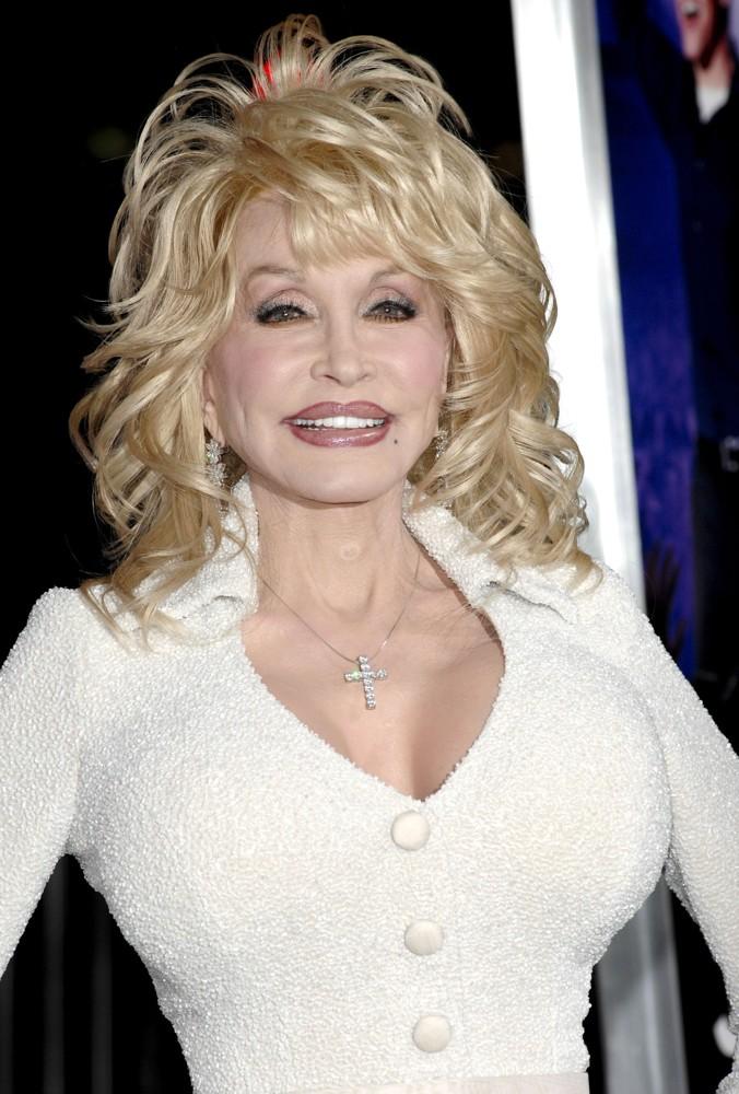 Has Dolly Parton Had A Boob Job : dolly, parton, Dolly, Parton, Botox, Surgery