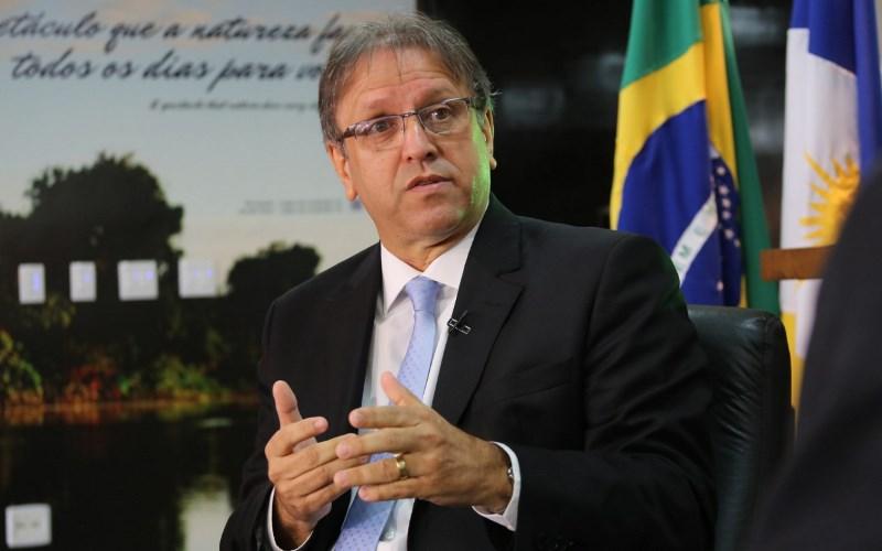 Marcelo Miranda entrega benefícios à Saúde