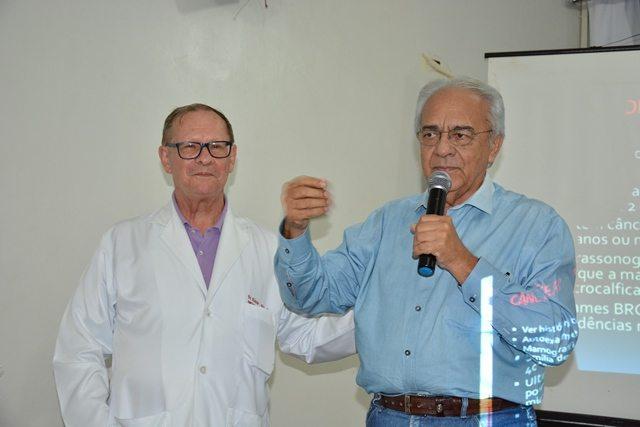 SEMUS realiza encontro de educação continuada com médicos e enfermeiros das UBS