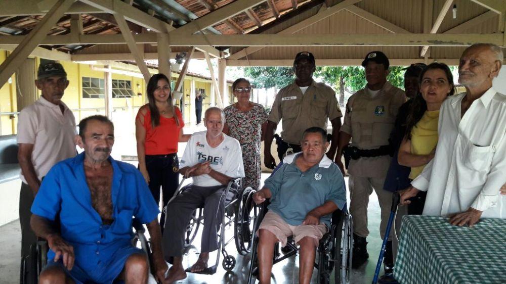 Policiais Militares realizam visita a Abrigo de Idosos em Cristalândia