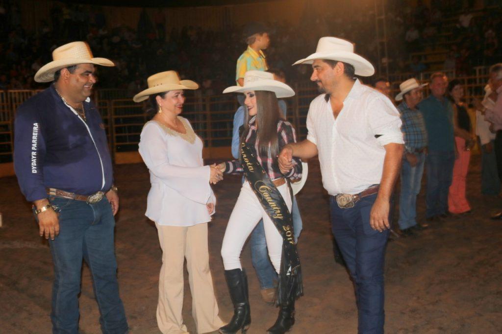 Presidente da Faet/Senar, senadora Kátia Abreu, participa de abertura da 18ª Exposição Agropecuária de Divinópolis