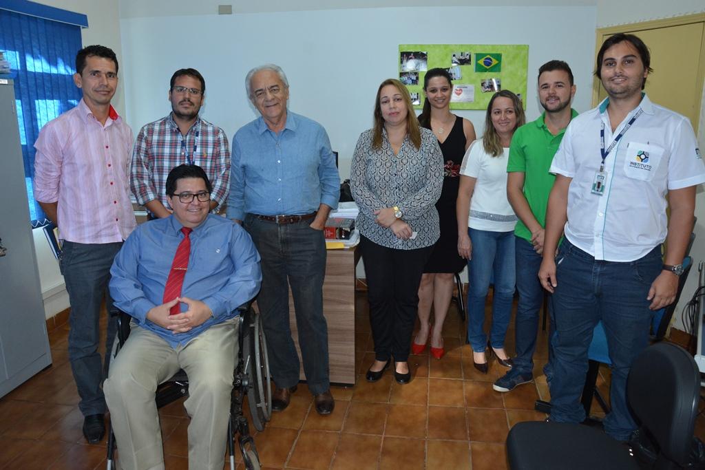Reunião com professores da UFT pode sanar problema de acessibilidade em Paraíso do Tocantins