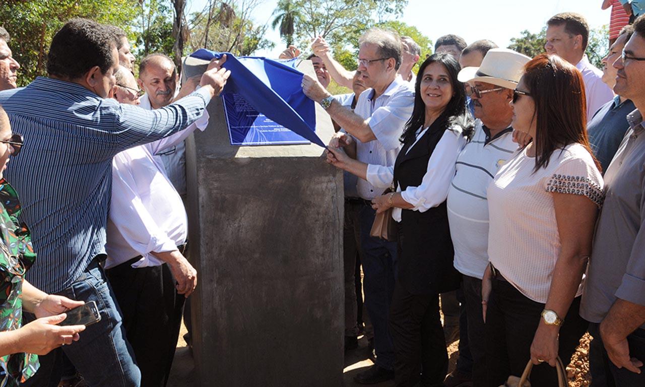 População de Presidente Kennedy comemora investimentos de R$ 1,5 milhão do Governo do Estado