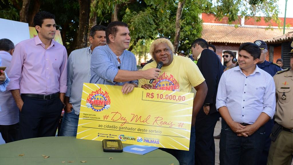 Vencedor do 1º sorteio do Nota Quente sempre pede nota fiscal