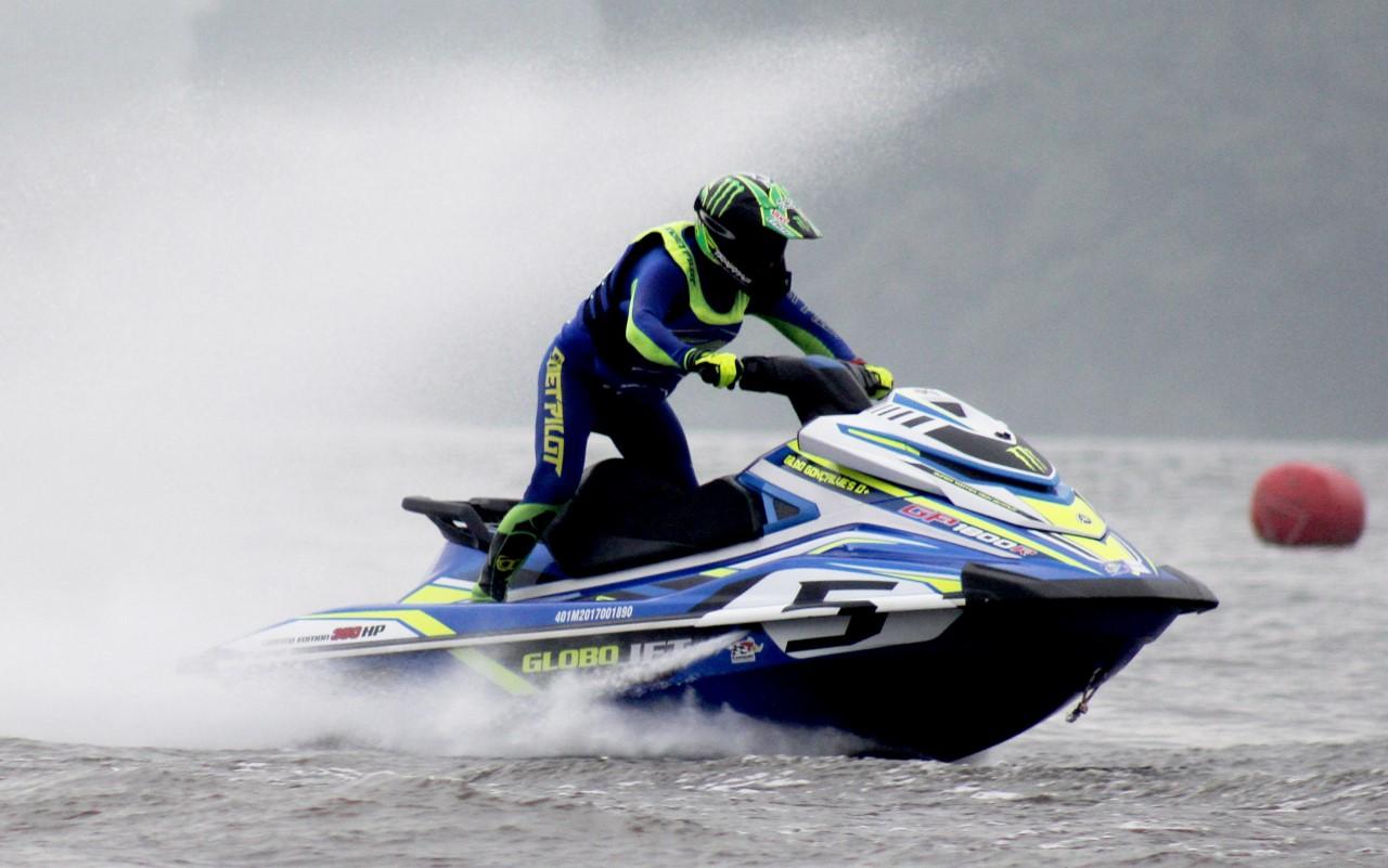 O piloto Gildo Teixeira, de Campinas, é um dos destaques da segunda etapa do JET SPORTS CONTEST