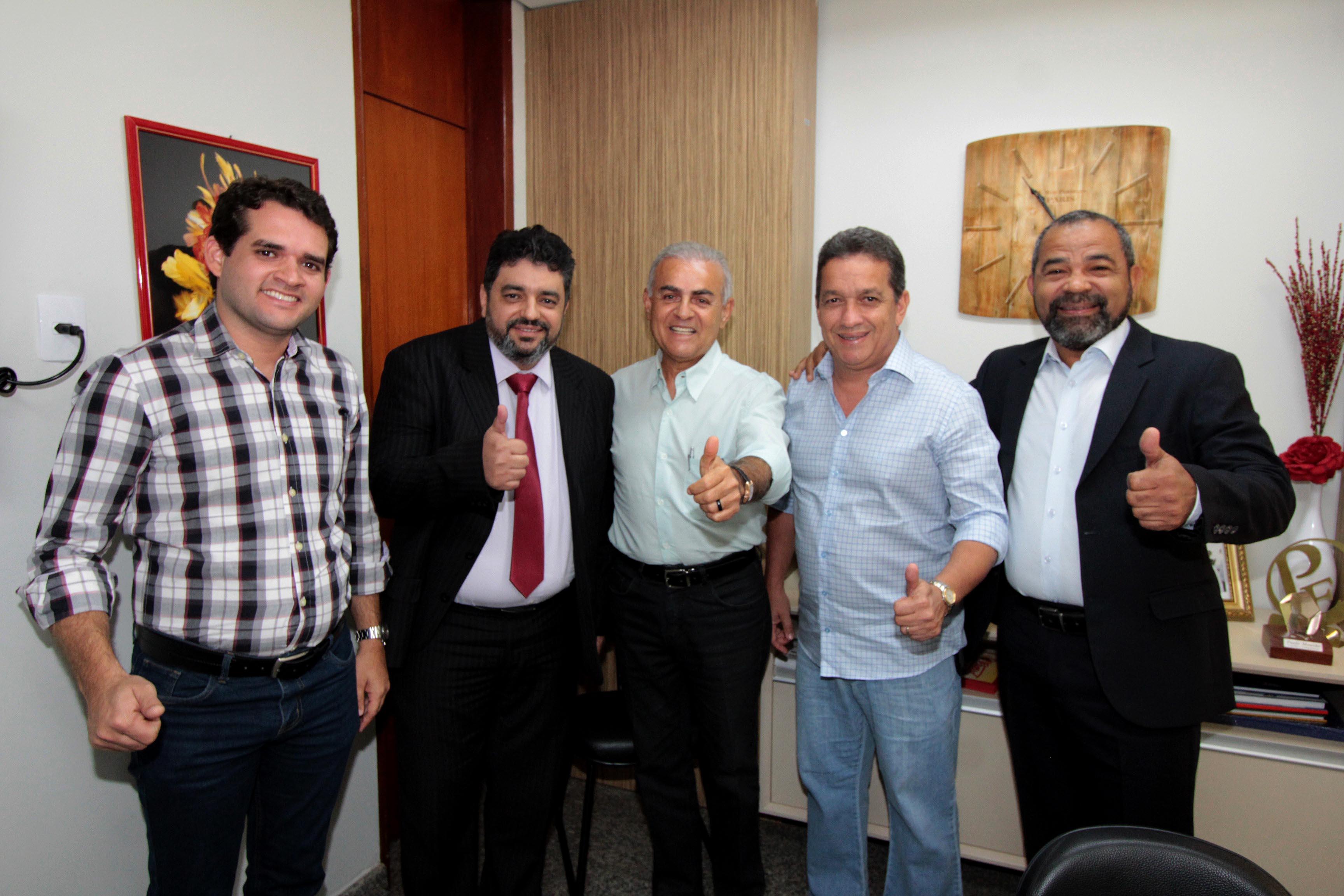 Paulo Mourão atende demanda de entidades representativas e relator da reforma tributária na Câmara virá ao Tocantins