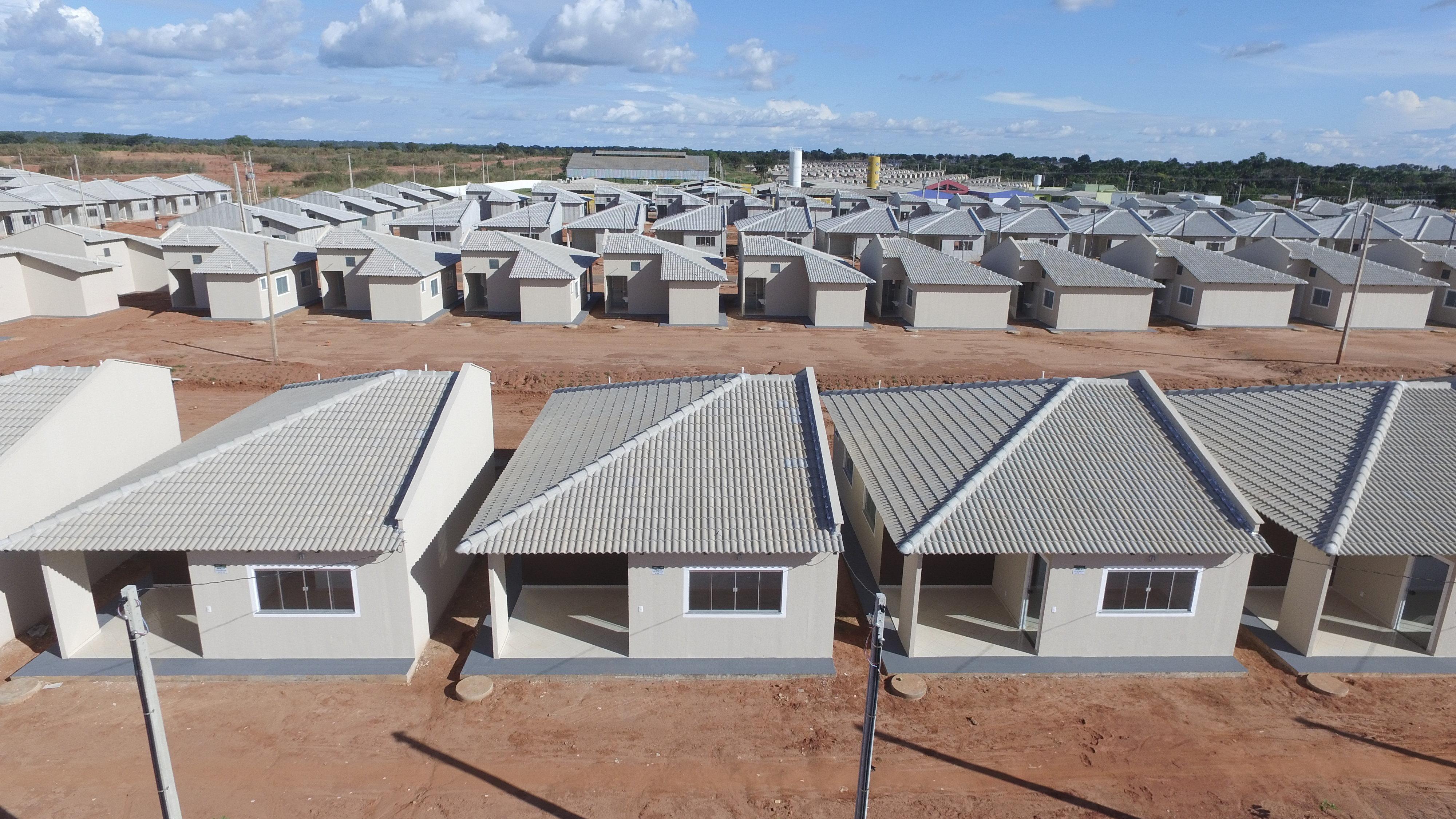 Mais 42 famílias do Residencial Parque do Lago receberão casas em Araguaína