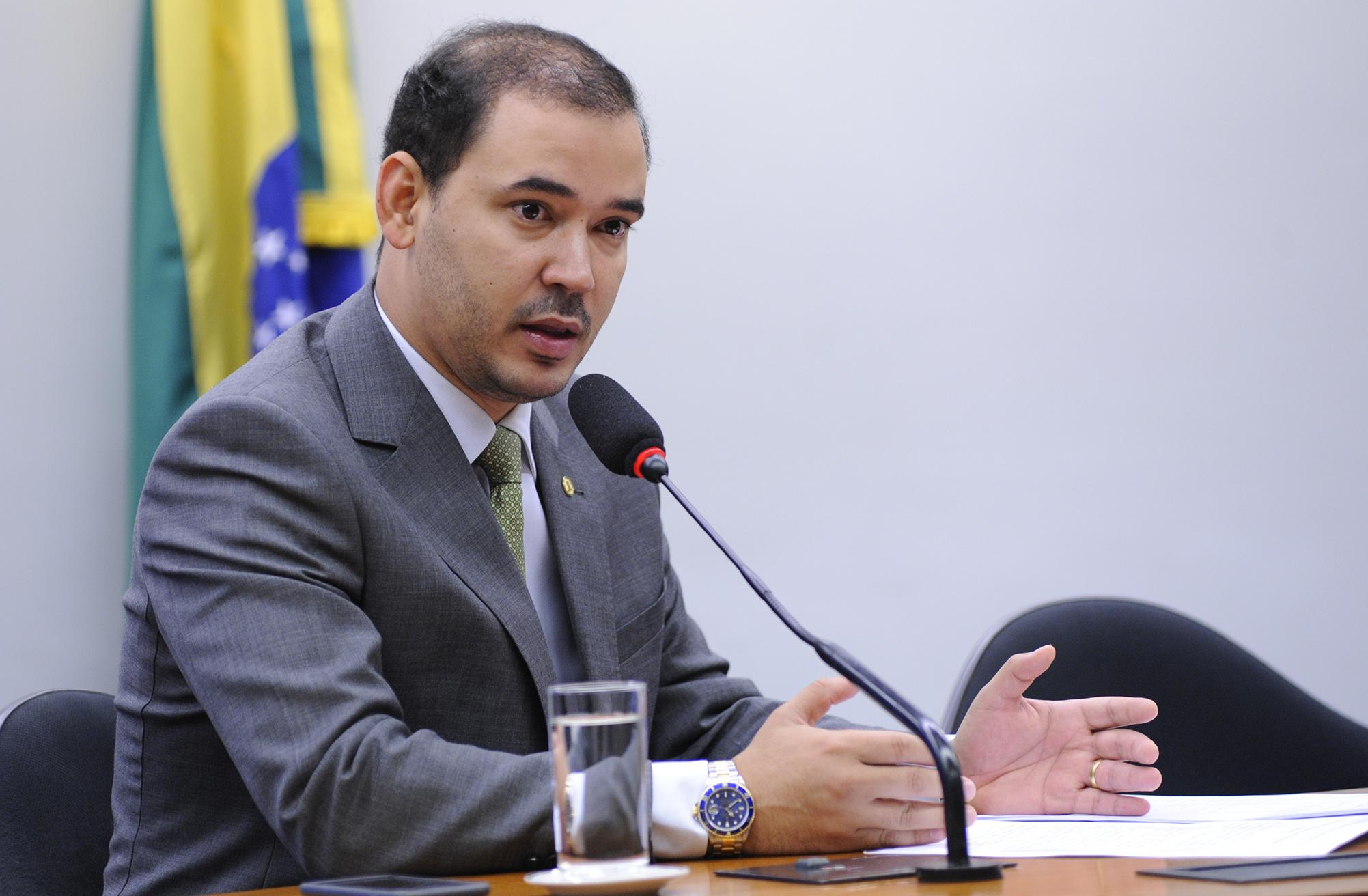 Deputado Federal Vicentinho Júnior empenha mais de R$ 2,4 mi para a Saúde do Tocantins