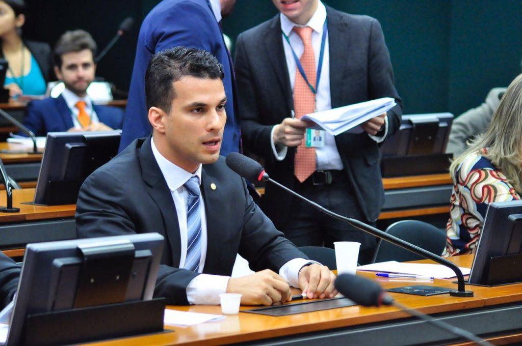 Projeto de Lei de Irajá Abreu permite ao trabalhador o uso do FGTS para aquisição de novo imóvel residencial