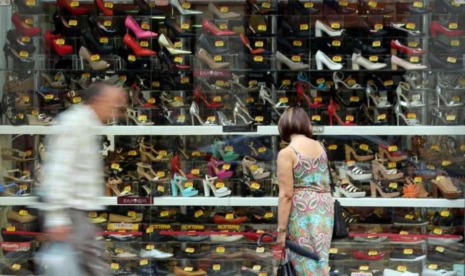 Vendas no varejo do Brasil avançam 1,2 % em junho, diz IBGE