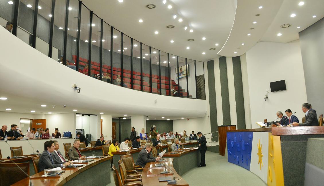 Deputados mobilizam prefeitos para discussão sobre empréstimo