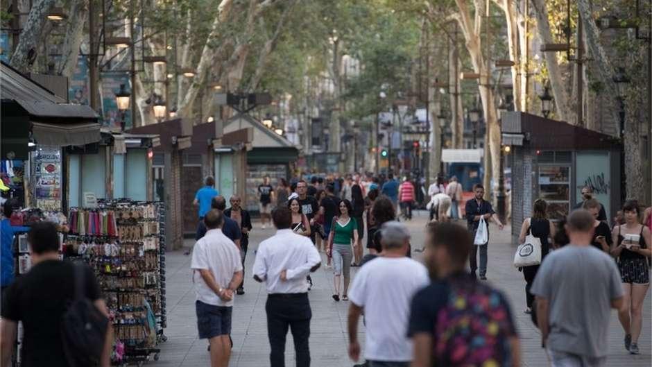 Testemunha de ataque em Barcelona, australiana já tinha escapado de outros dois atentados na Europa em 3 meses