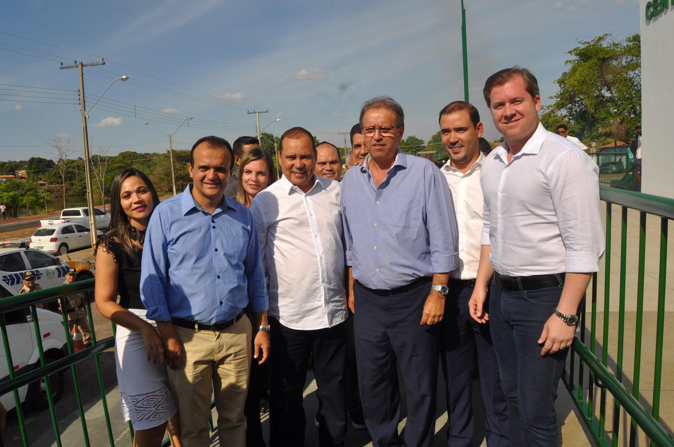 Ministro do Turismo e Governador participaram da entrega do Centro de Convenções em Porto Nacional