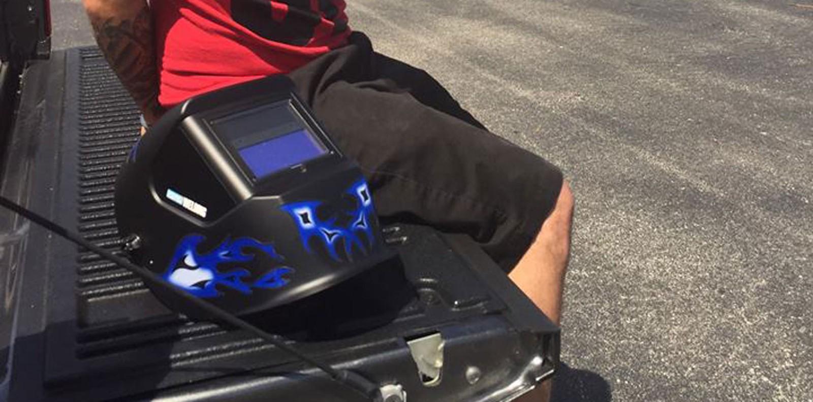 Suspeito de roubar carro faz pausa para ver eclipse e é preso na Flórida