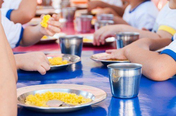 CNM orienta prefeituras sobre distribuição da merenda escolar para famílias
