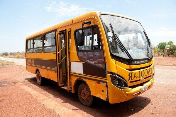 MPE ajuíza ação contra Município de Riachinho por irregularidades no transporte escolar