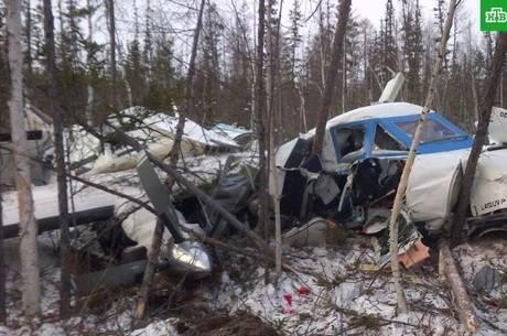 Aos 3, criança é única sobrevivente de acidente aéreo na Rússia