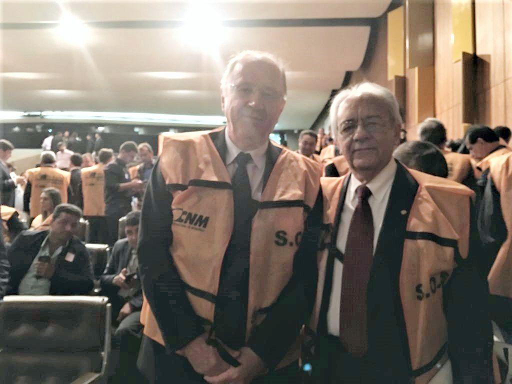 Moisés Avelino participa da Mobilização Nacional dos Prefeitos