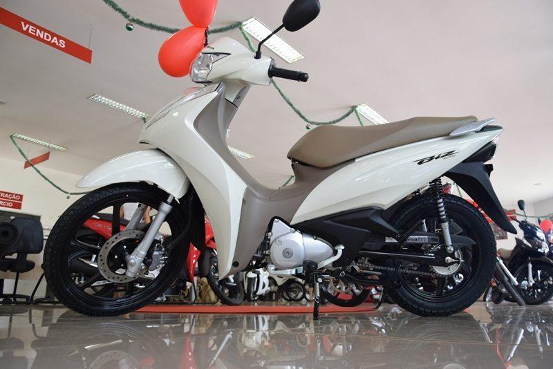 Paraíso Motos apresenta nova Honda/Biz 125i 2018 em evento de lançamento