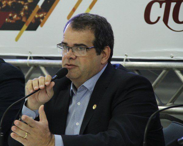 PL na Câmara vai melhorar atendimento de saúde, diz presidente do CFO
