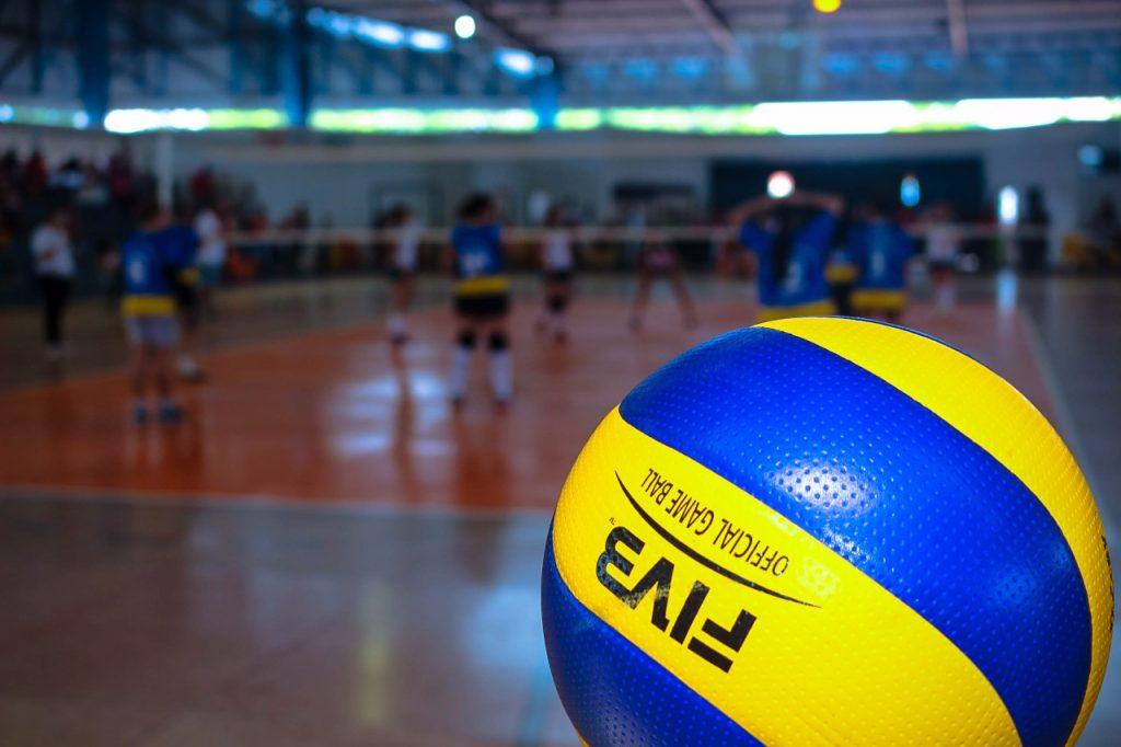 Viva Vôlei será expandido para outras ETIs; anúncio foi feito durante visita do Técnico da Seleção Brasileira de Vôlei Masculino em Palmas