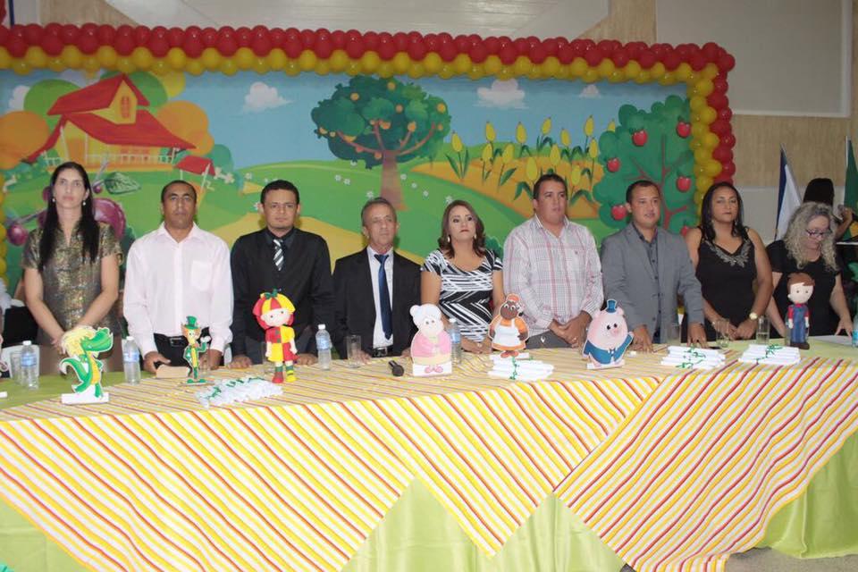 Secretária de Educação promove formatura de alunos da Creche Municipal Mãe Josefa