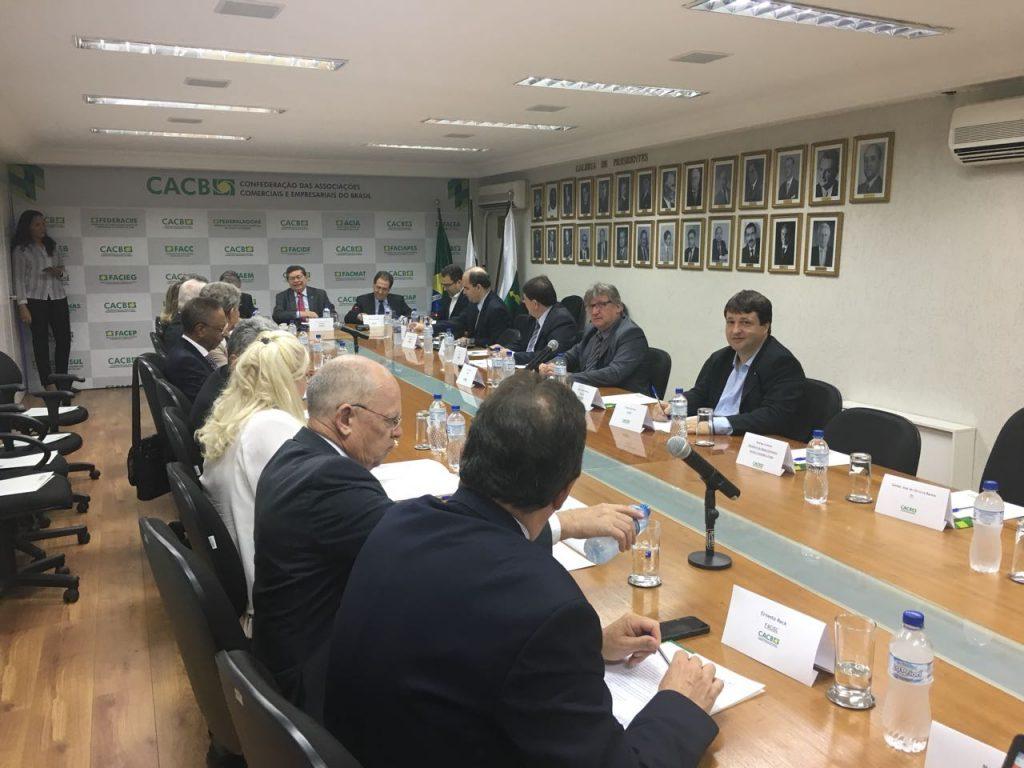 FACIET participa de última reunião do ano realizada pela CACB em Brasília