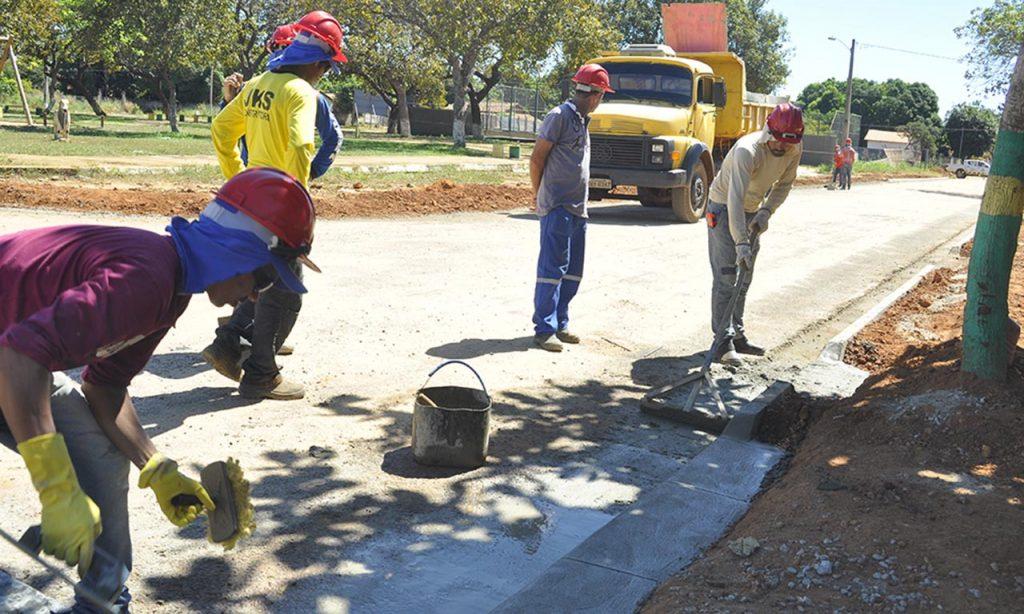 Marcelo Miranda inaugura obras de infraestrutura e assina ordem de serviço em Colinas